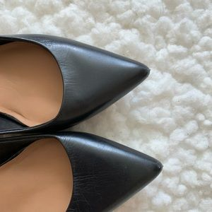 Calvin Klein Shoes - Calvin Klein Pumps